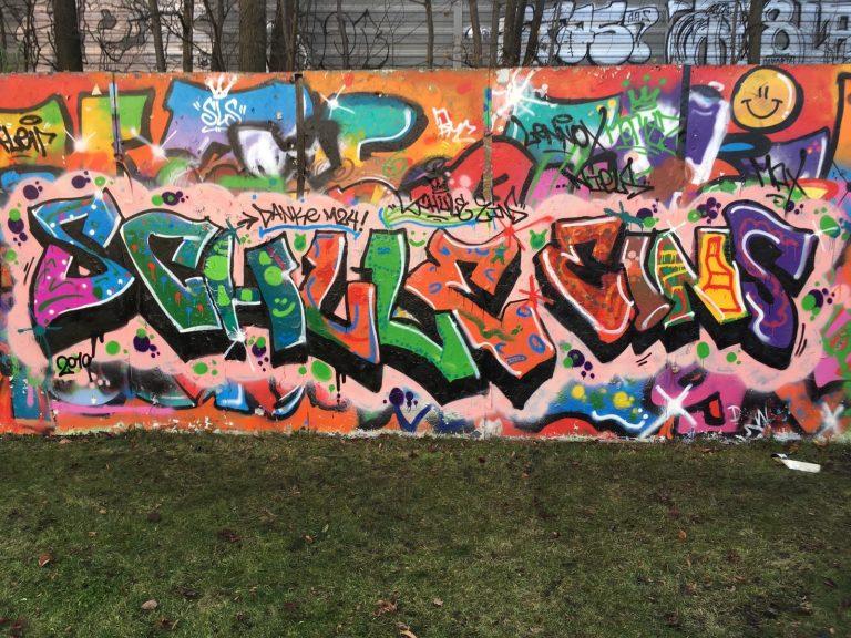 LW III Graffiti